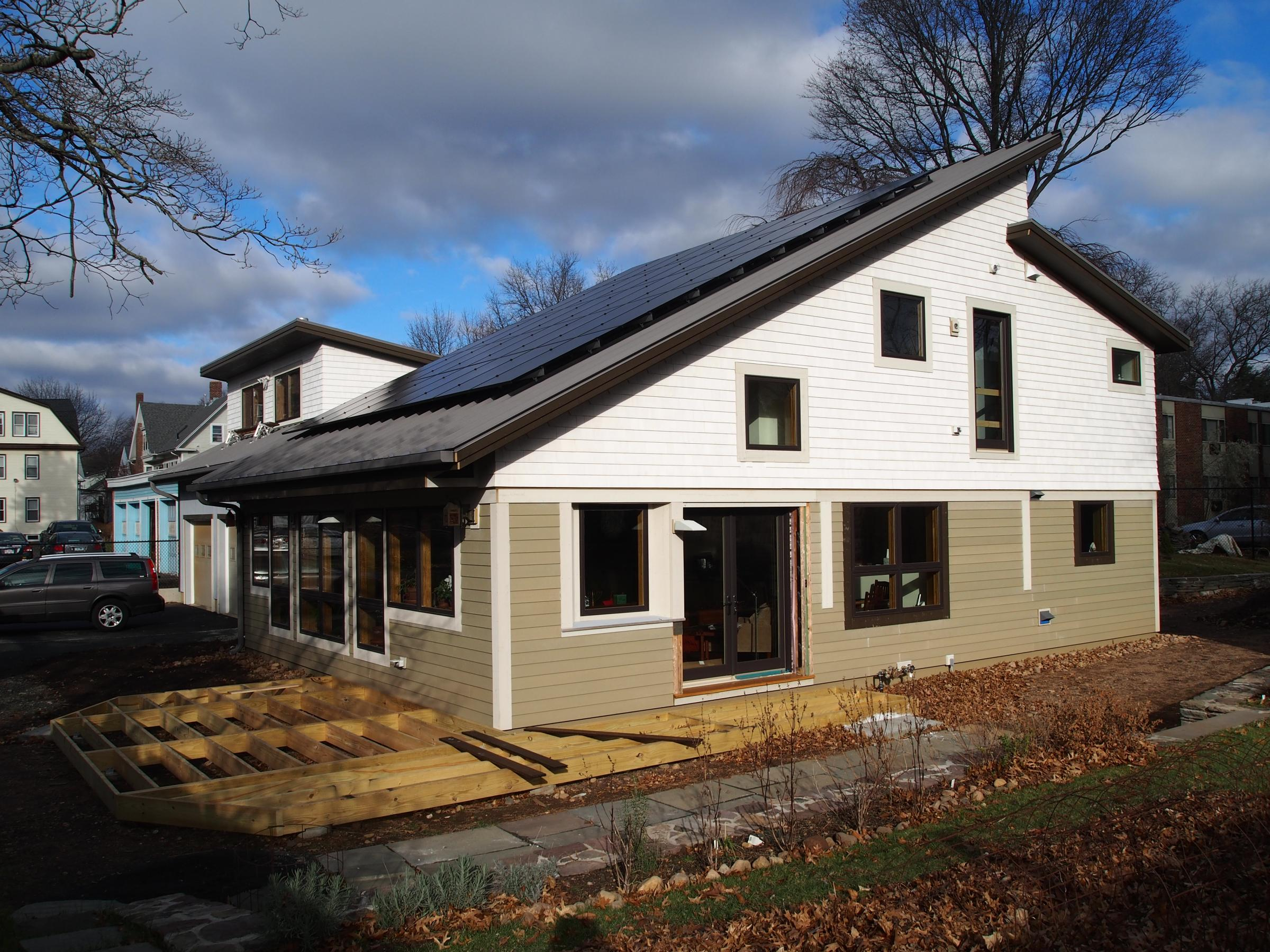 Dickson Residence and roof solar array